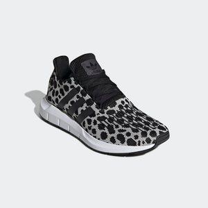 Adidas | Swift Run Sneakers